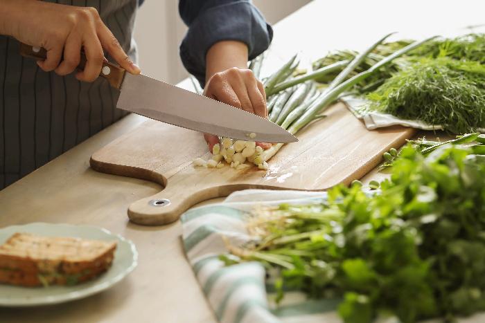 ¿Cuántas raciones de verdura tenemos que comer cada día?